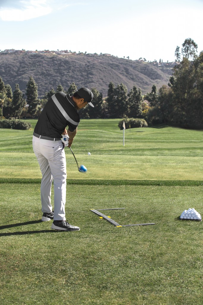 sklz set-up trainer has golfers on the ball