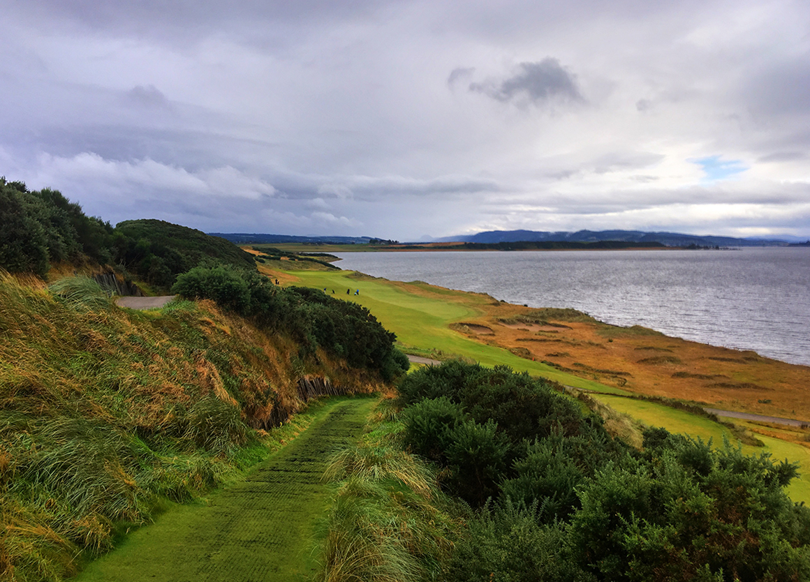 scotland golf castle stuart