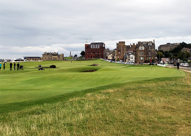 How About A 'Job' Playing Scotland Golf?